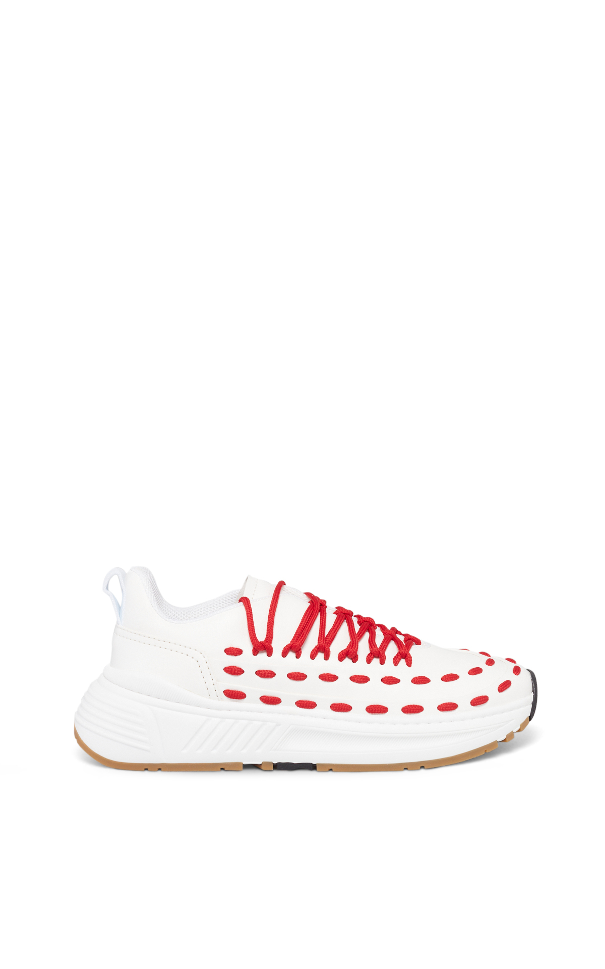 La Vallée Village Bottega Veneta White and red sneakers
