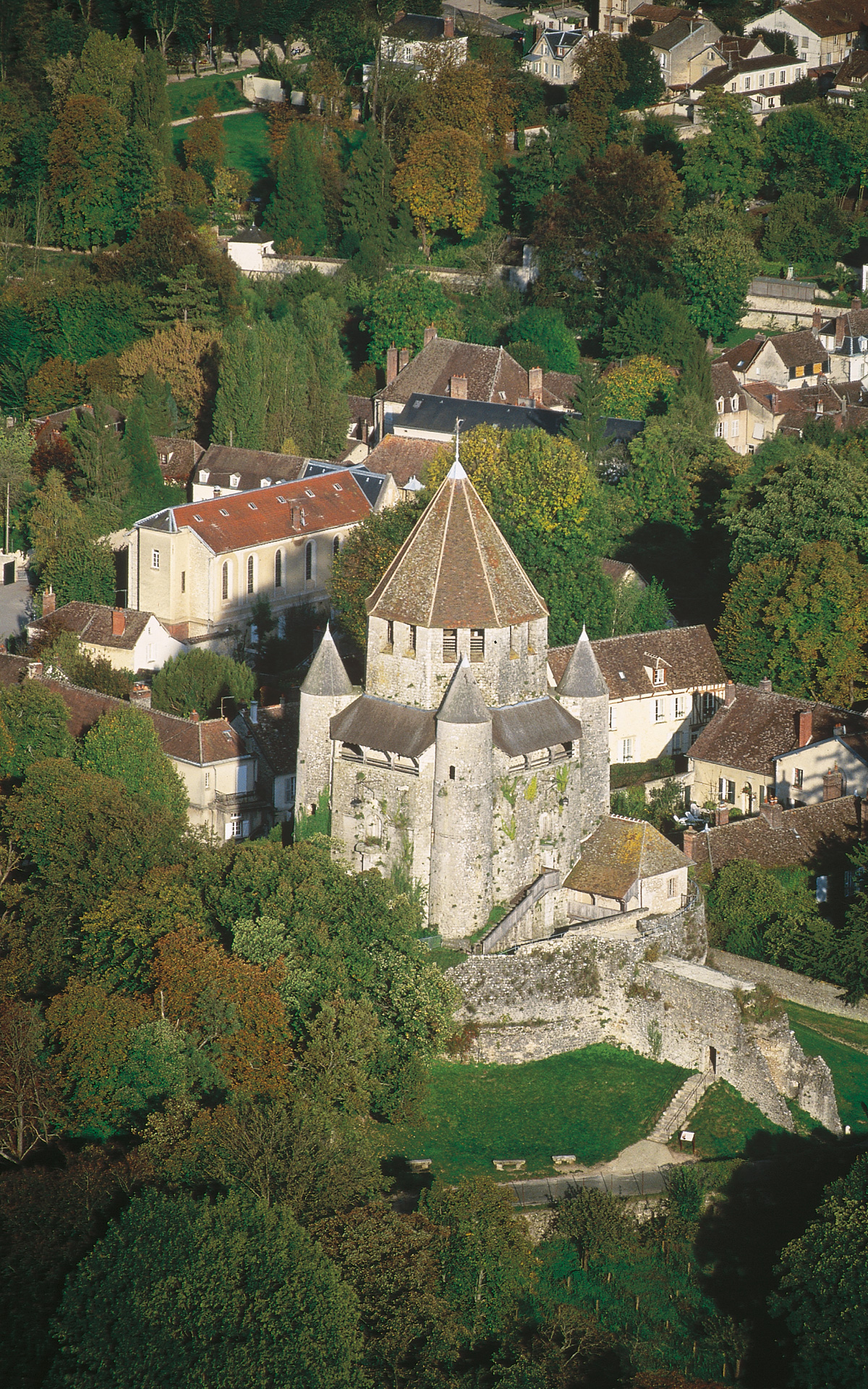 Provins Attraction Image