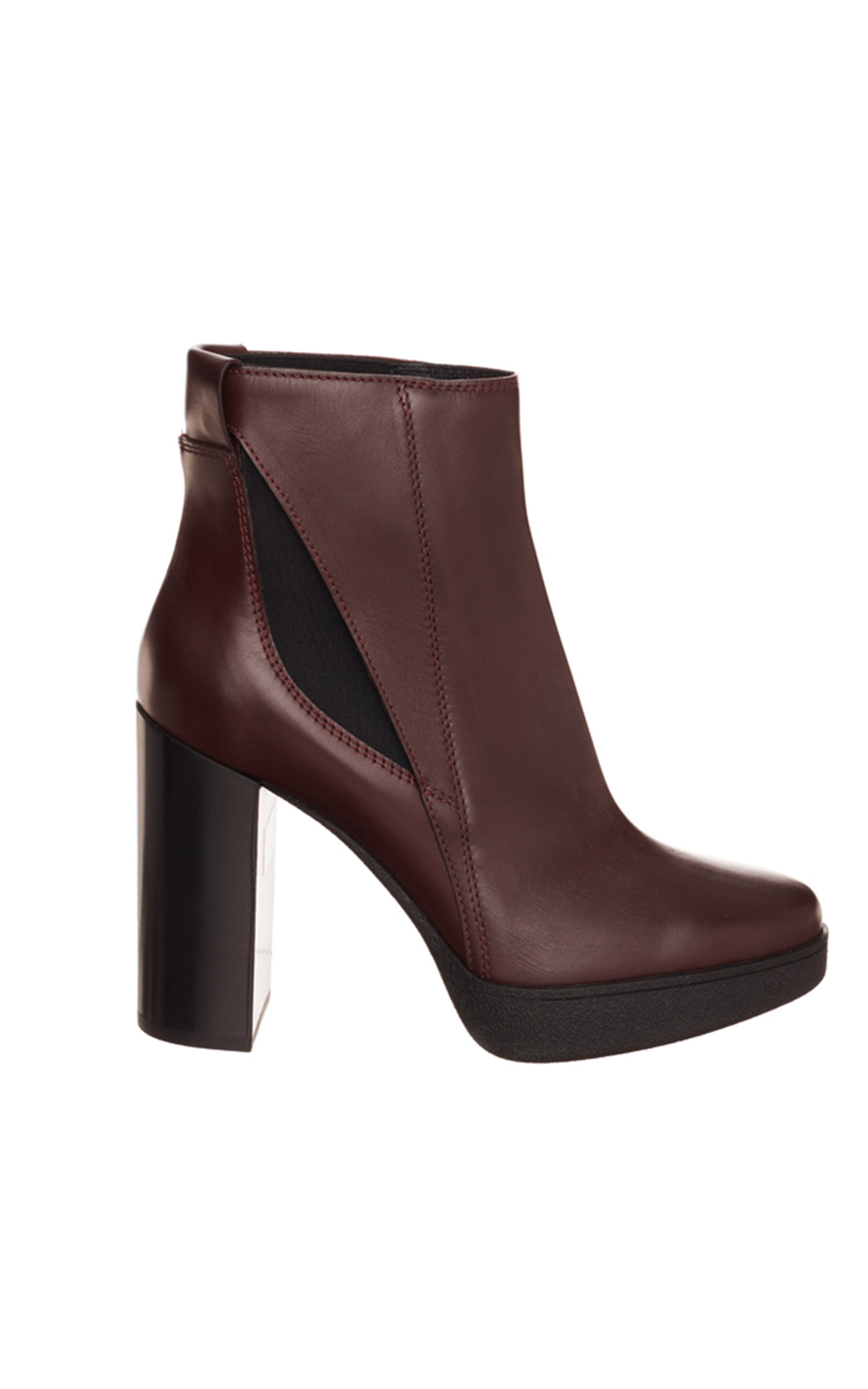 Tod's women's high heel leather boots from Bicester Village