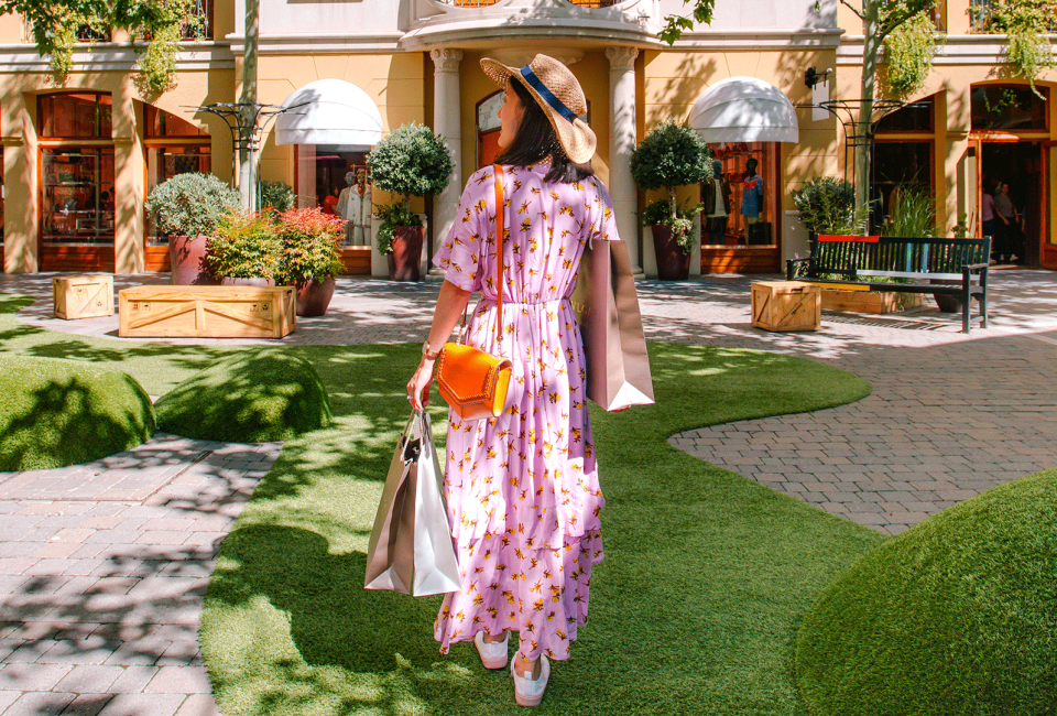 Girl shopping at Las Rozas Village