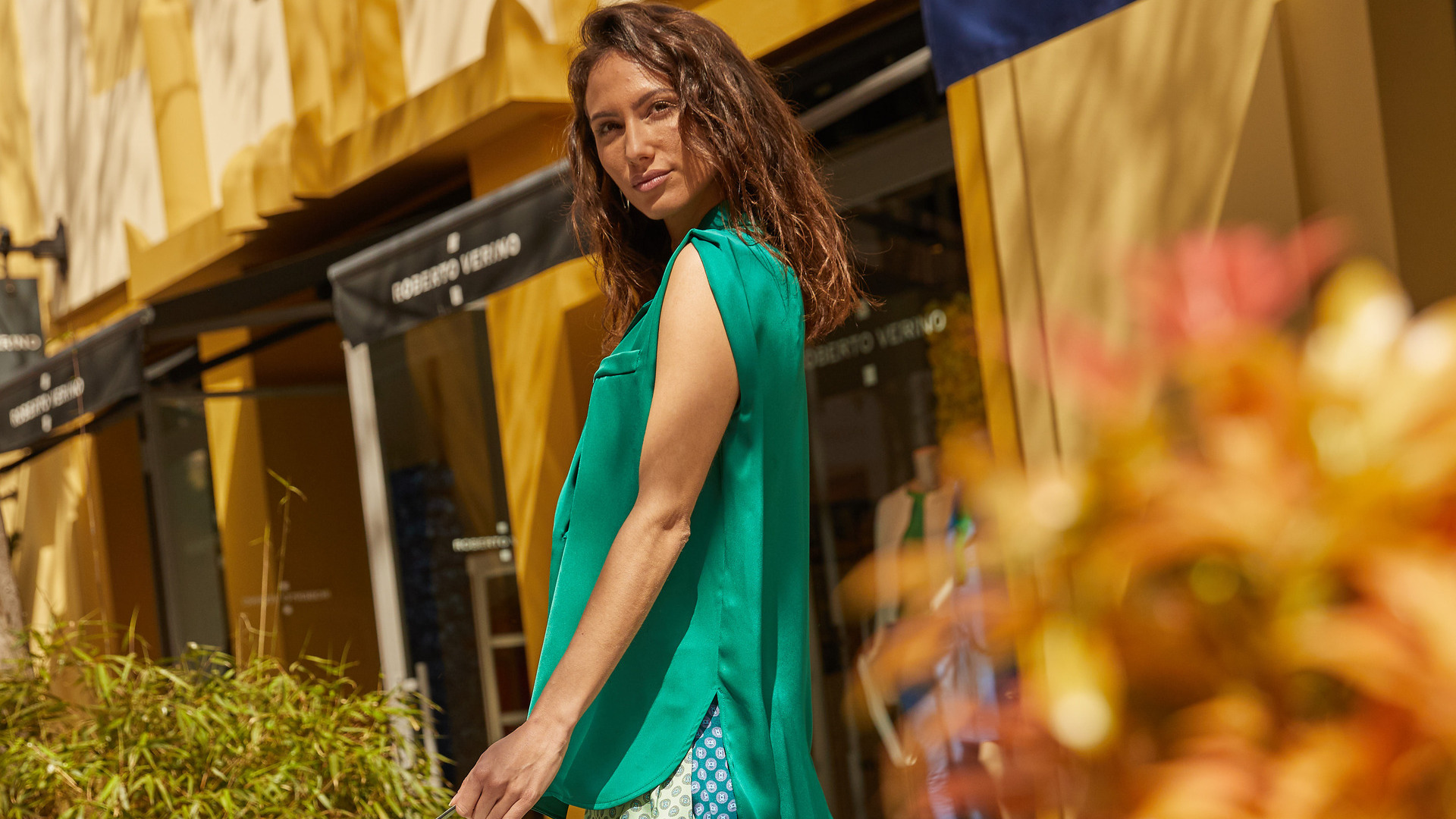 Woman with a green blouse in Las Rozas Village