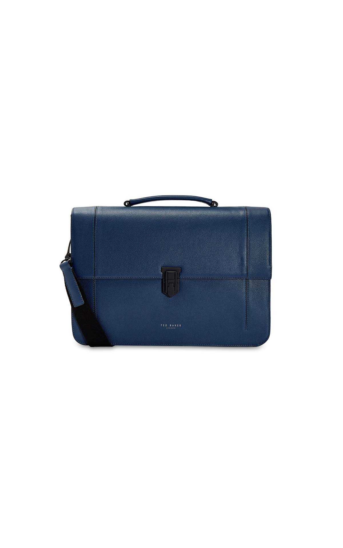 Ted Baker Blue aggro at La Roca Village