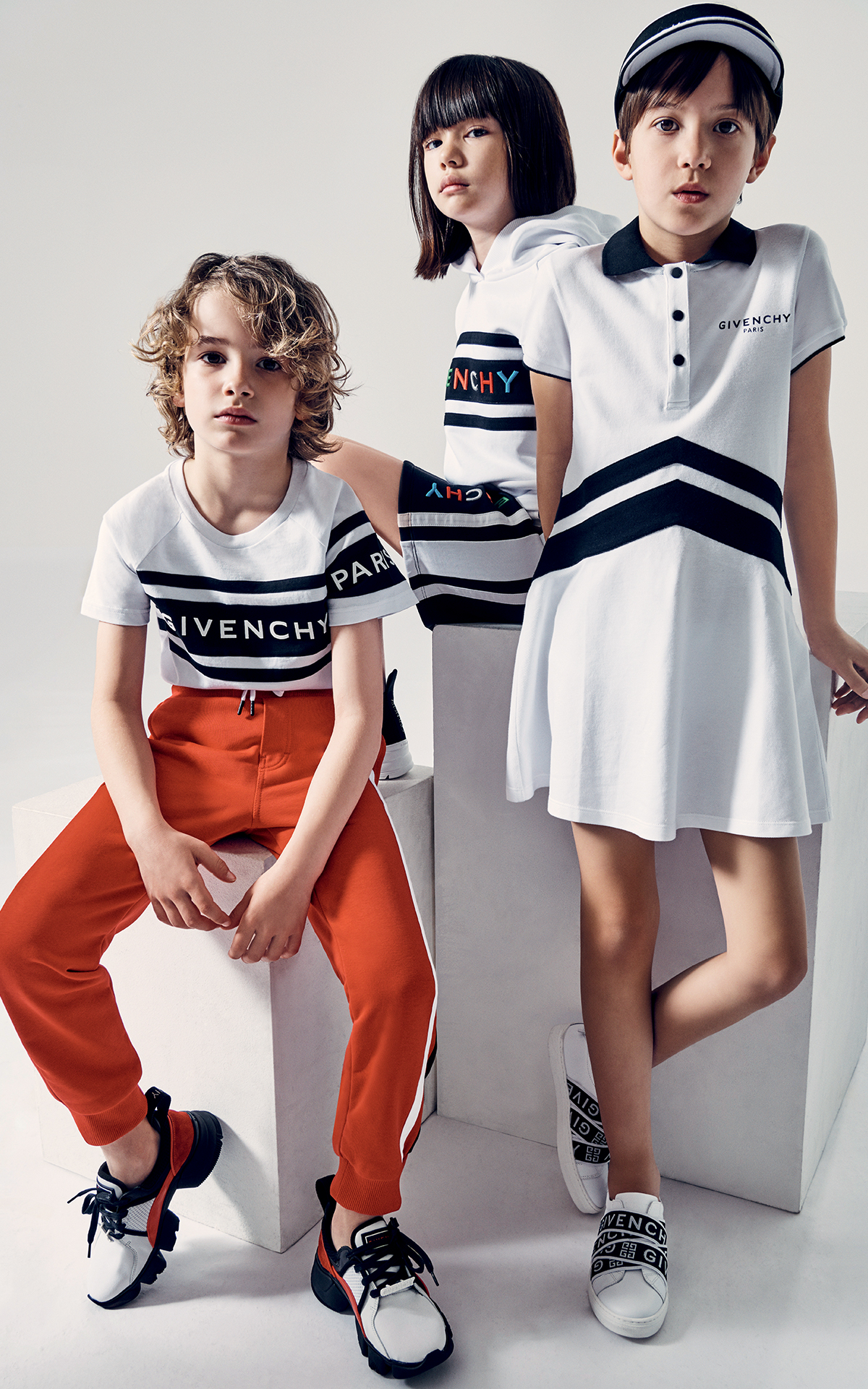 Givenchy Kids La Vallée Village Image