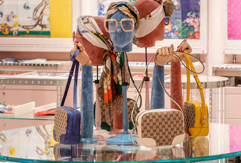 Bicester Village Gucci boutique interior image