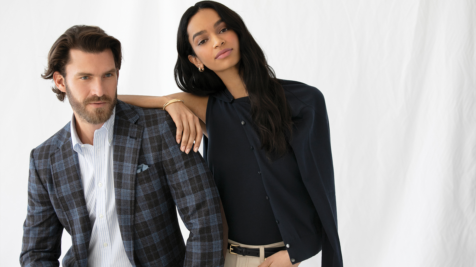 Couple dressed with a blazer