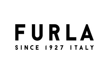 Furla virtual shopping at Bicester Village