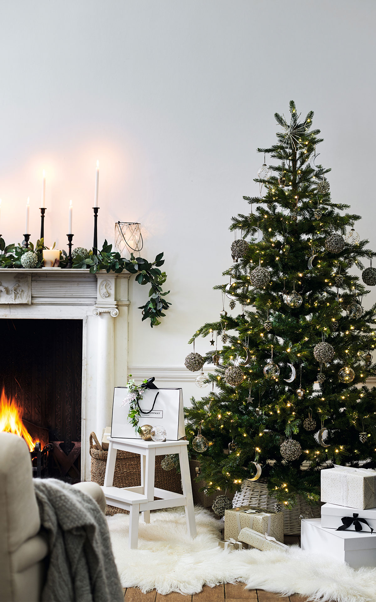 The White Company Bicester Village Brand Image