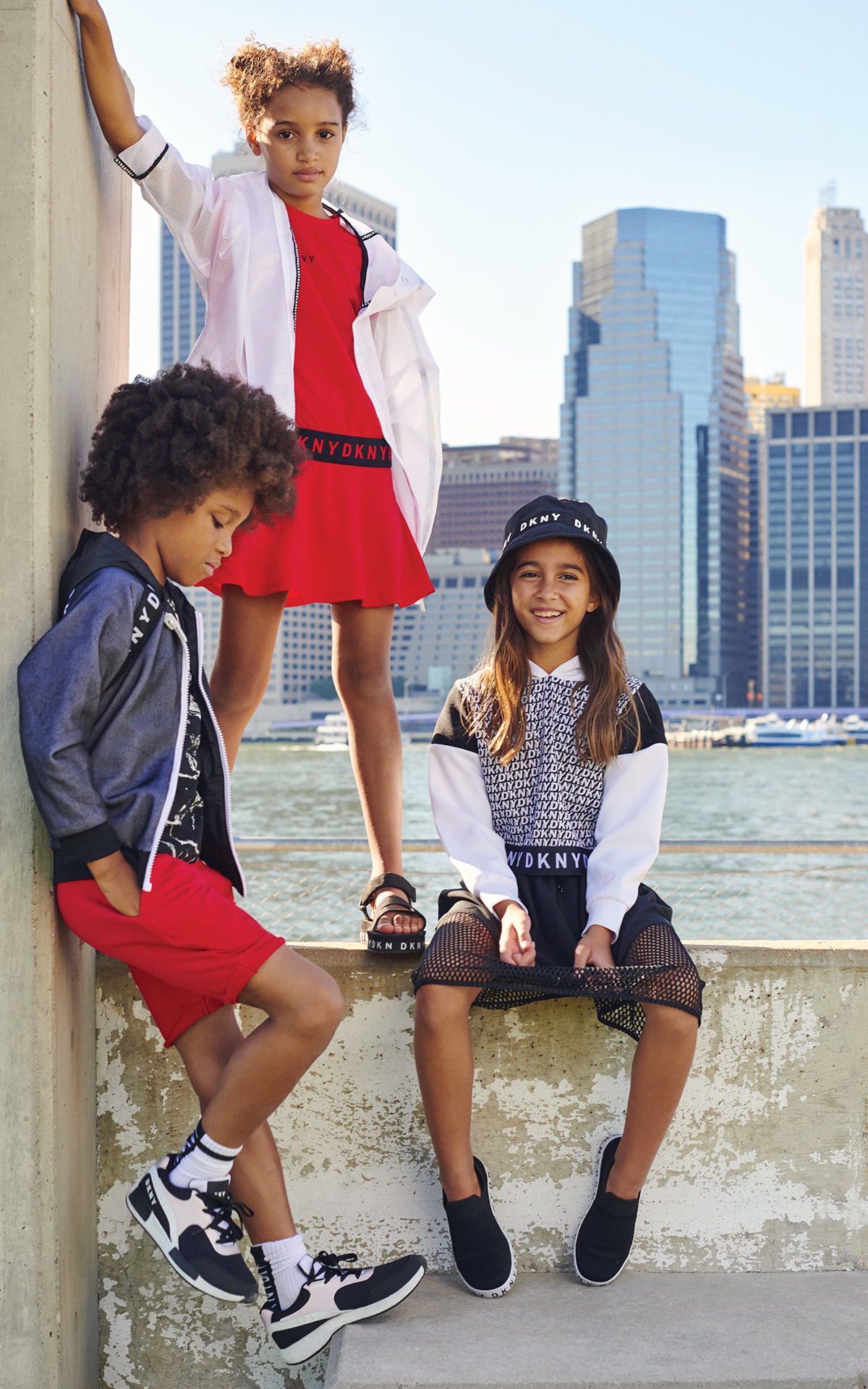 DKNY Kids La Vallée Village Image
