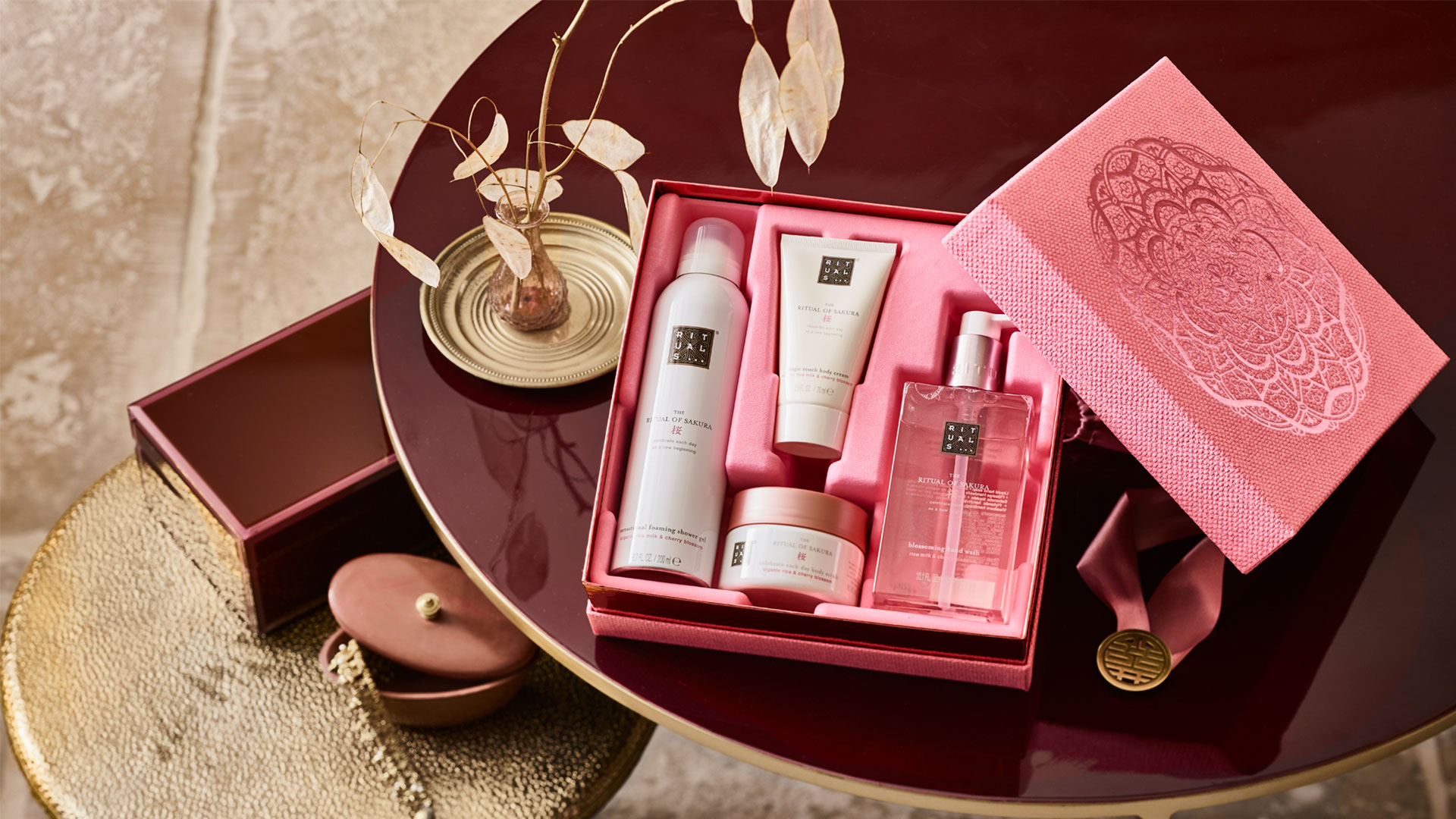 Rituals hero image gift set