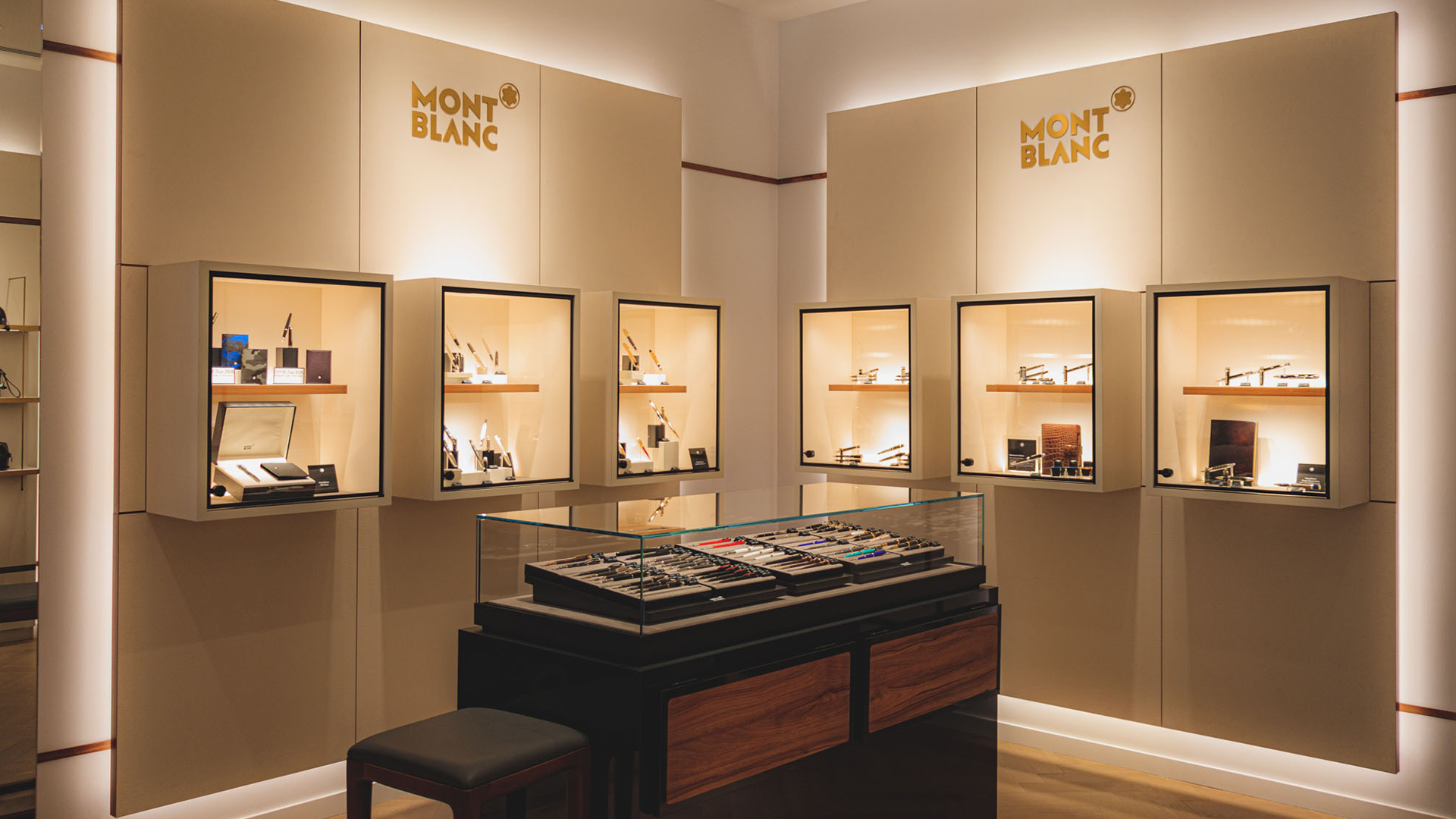 Montblanc new boutique at La Vallée Village