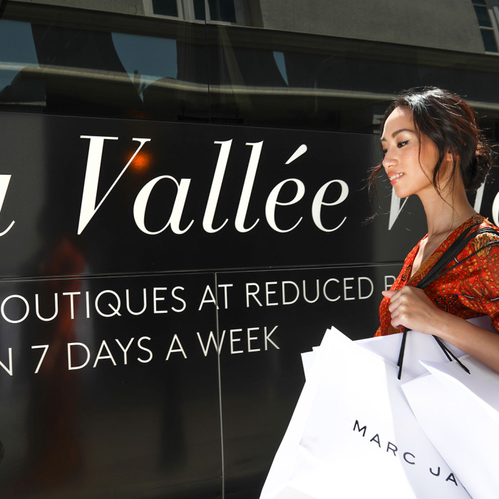 La Vallée Village Shopping Express Image